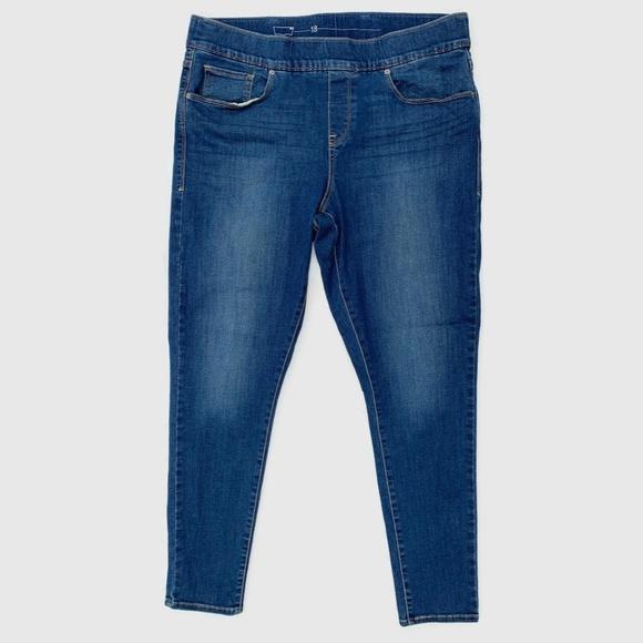 Levi's Denim - Levi's Pull On Slimming Skinny Jeans Size 18